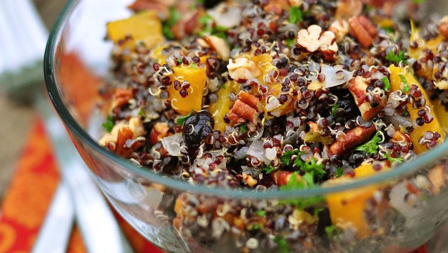 Ensalada de Quinoa Negra Estilo Thai